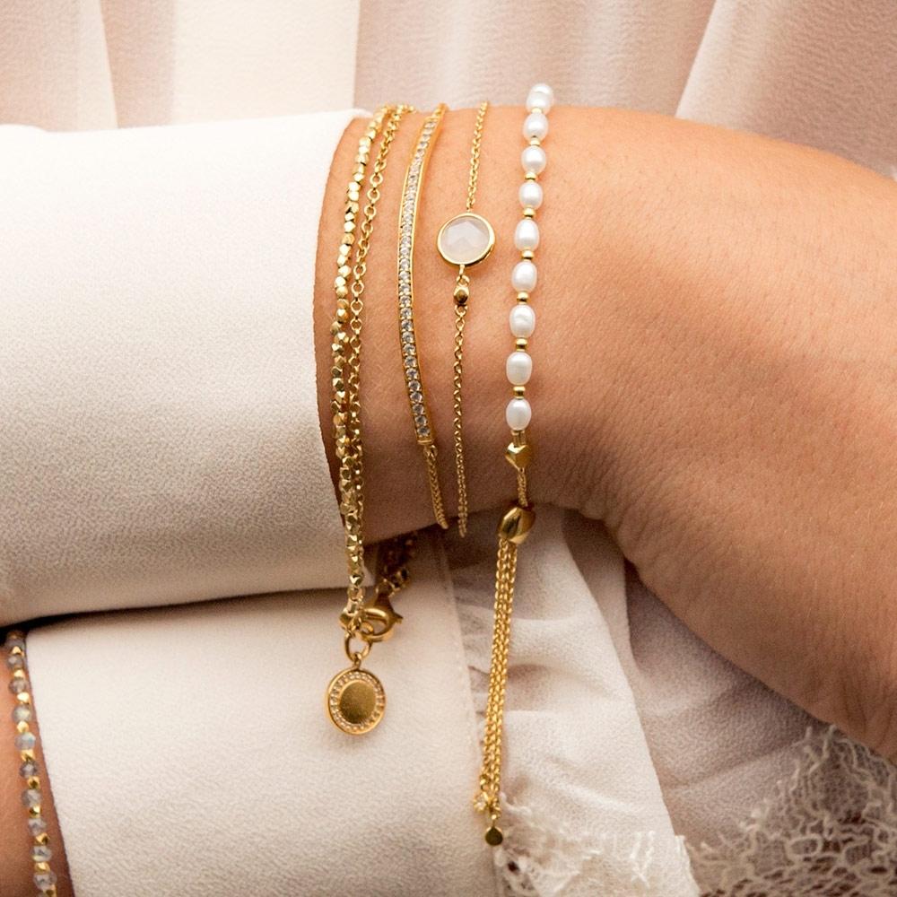 Mini Round Stilla Moonstone Bracelet