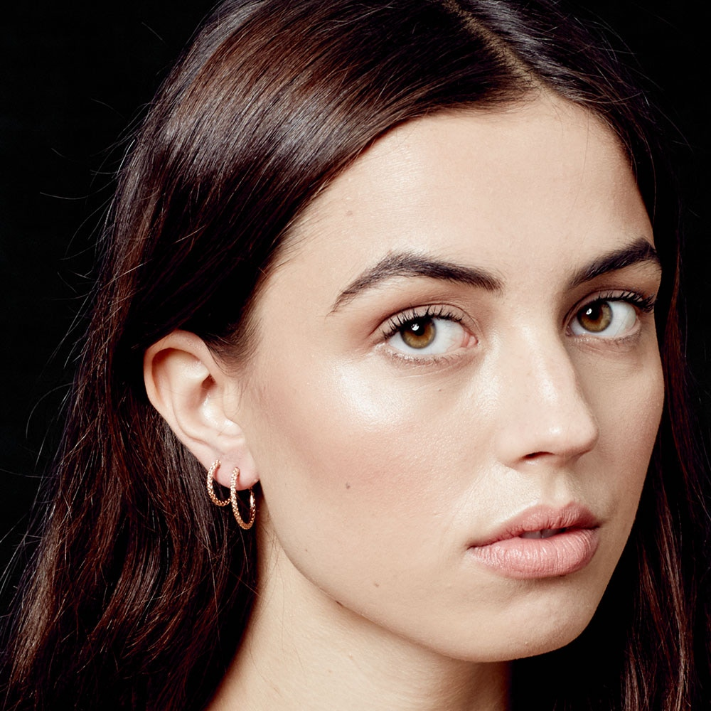 Medium Spiga Hoop Earrings