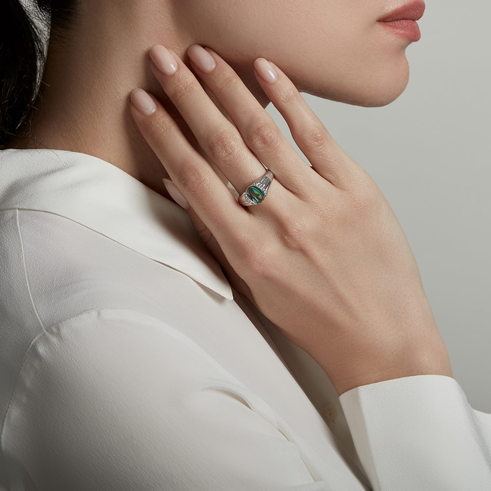 Luna Abalone Signet Ring
