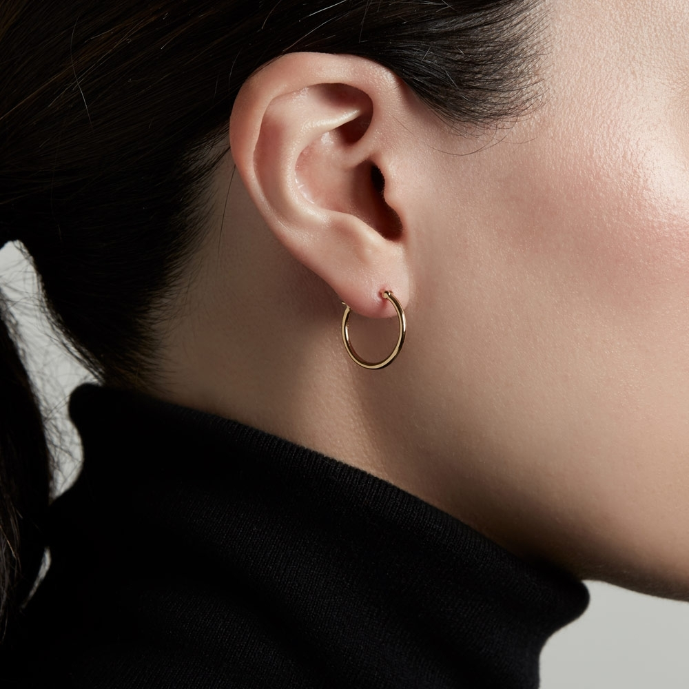 Medium Stilla Gold Hoop Earrings