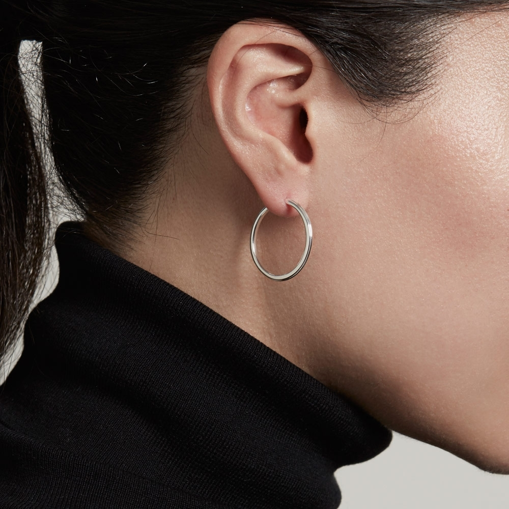 Medium Linia Hoop Earrings