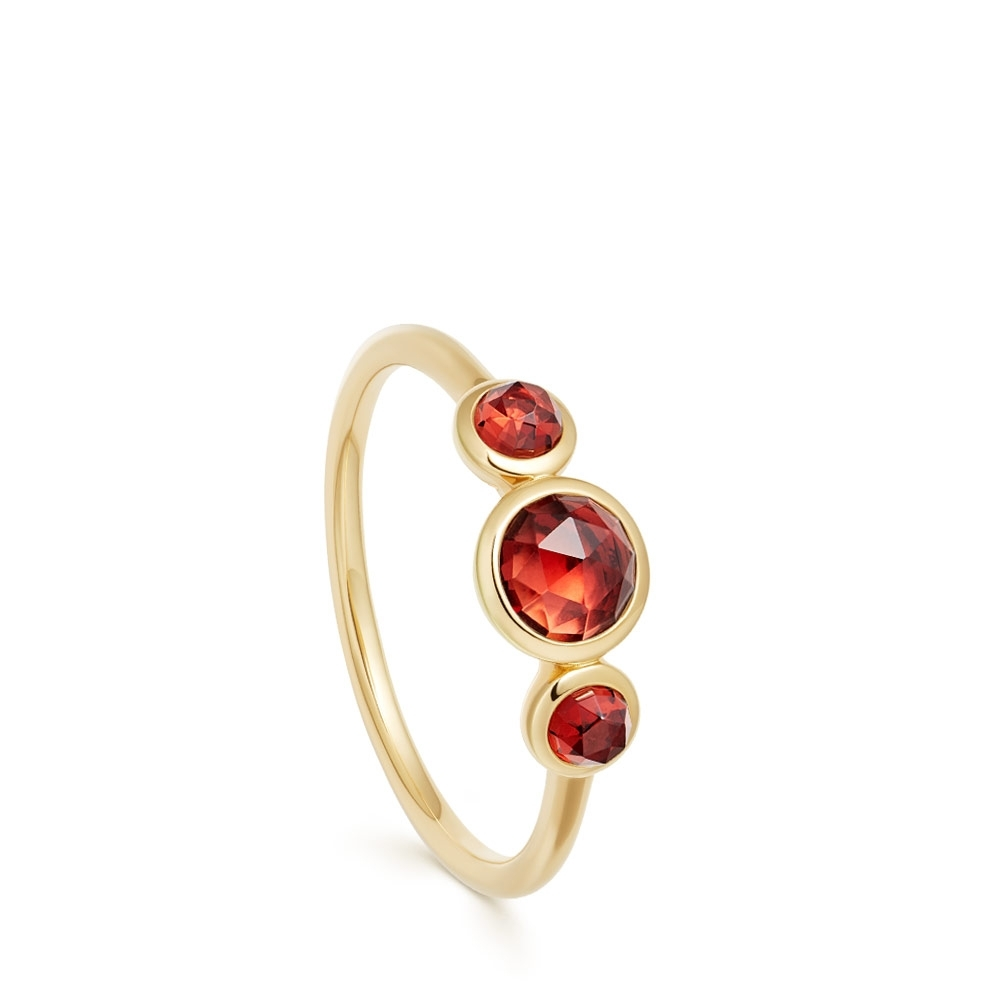 Stilla Triple Garnet Ring