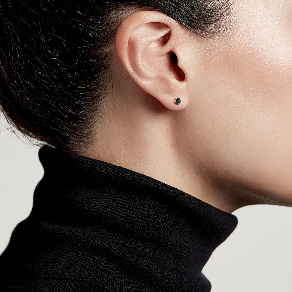 Mini Stilla Black Onyx Stud Earrings