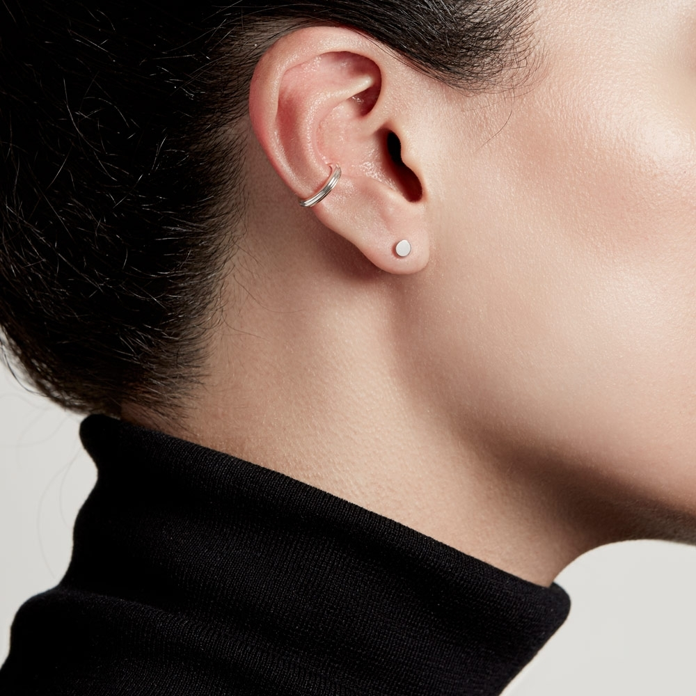 Disc Stilla Stud Earrings